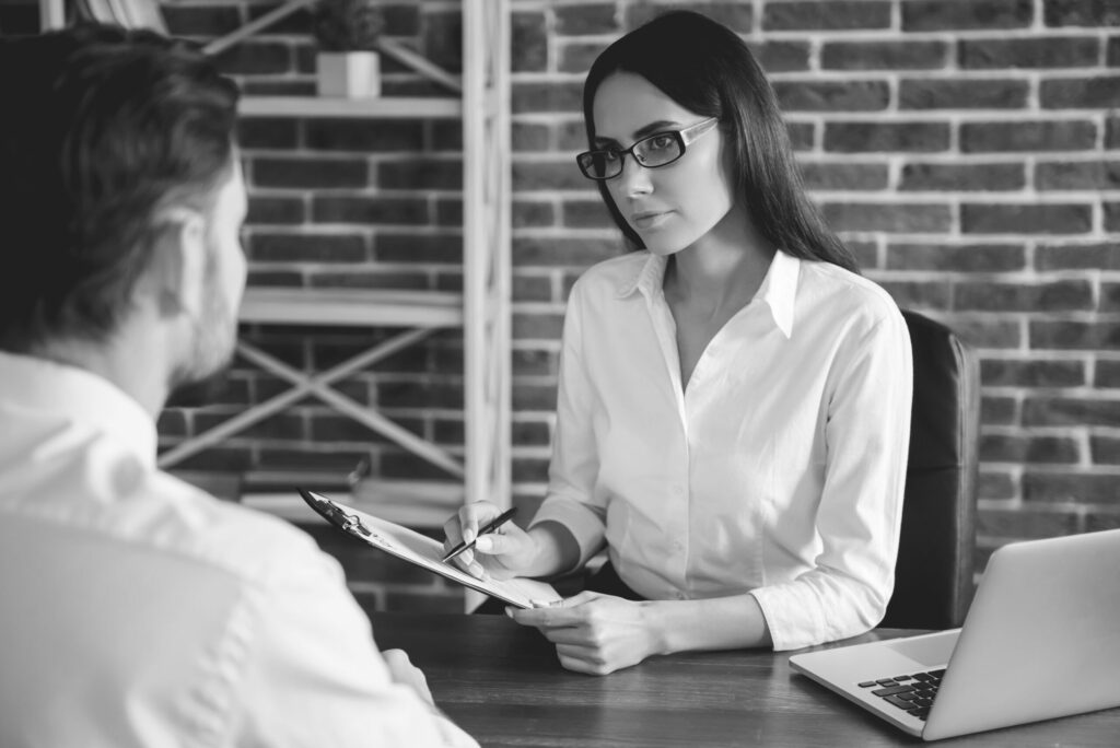 5 questions to ask at the end of an interview